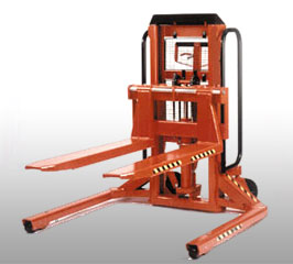 Pallet Truck Lift Truck has heavy duty lifting capacities for a variety of applications. Units are available to lift skids, pallets, or both.